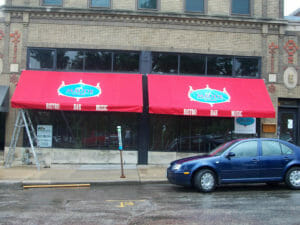 Retractable awnings for commercial use by Acme Awning in Minneapolis