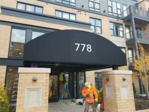 Millberry Apartments Half Barrel Canopy
