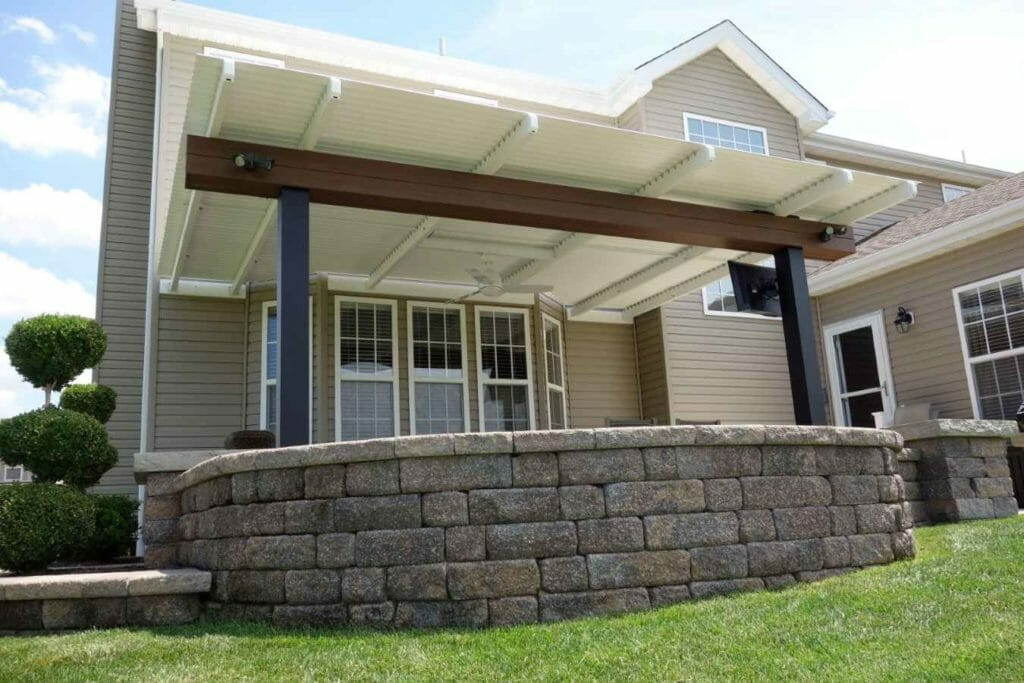 Residential Louvered Roof MN